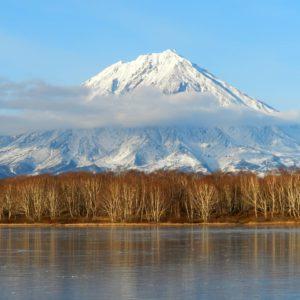 koryaksky volcano, kamchatka, autumn